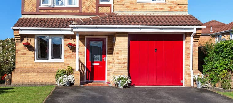 The Best Materials You Can Use On Your Garage Doors